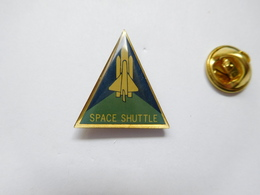 Beau Pin's , Espace , NASA , Navette , Space Shuttle - Ruimtevaart