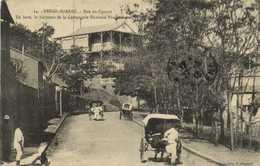 DIEGO SUAREZ  Rue Du Catinat En Haut Le Batiment De La Compagnie Havraise Péninsulaire  Pousse Pousse RV - Madagascar