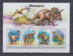U773. Guine-Bissau - MNH - 2015 - Fauna - Prehistoric Animals - Dinosaurs - Vegetales