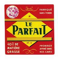 ETIQUETTE De FROMAGE..CARRE.. Fabriqué Dans L'YONNE (89-B)..Le Parfait - Fromage