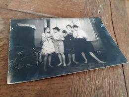 JUGEND - VIER MAEDELS SPIELEN MANN UND FRAU - TRACHT - 1930 - DIEROFF - Von GREIZ Nach DELMENHORST - Personnes Anonymes