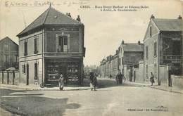 CREIL - Rues Henry Barluet Et Etienne Dolet, à Droite La Gendarmerie. - Creil