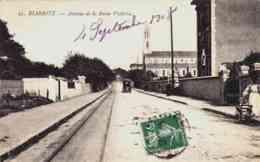 CPA BIARRITZ - PYRENEES ATLANTIQUES - AVENUE DE LA REINE VICTORIA - Biarritz
