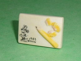 "Fèves / Disney : L'atelier De Mickey  "" Mat ""   T143 - Disney"