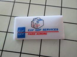 115A Pin's Pins / Beau Et Rare / THEME : EDF GDF  / Céramique Ou Porcelaine Limoges SERVICES PARIS AURORE - EDF GDF