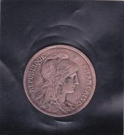 Monnaie République Française De 10c. Bronze,année 1921, Type Dupui Paris - Argus: Monnaies Du Monde J.L. THIMONIER - D. 10 Centesimi