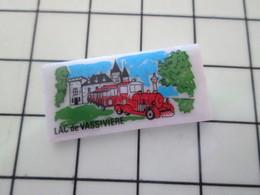 115A Pin's Pins / Beau Et Rare / THEME : TRANSPORTS / Céramique Ou Porcelaine Limoges PETIT TRAIN LAC DE VASSIVIERE - Trademarks