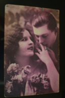 B748 Couple Gallant Love Romantic - Coppie