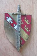 Insigne Militaire Du Centre D'Instruction Régional (CIR 2) De Sarrebourg - Métal Et émail - DRAGO - Army