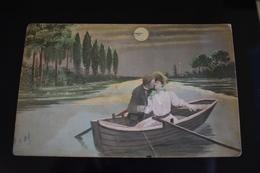 B766 Couple Gallant Love Romantic Kiss Boat - Coppie