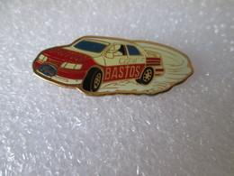 PIN'S   FORD  SIERRA COSWORTH  BASTOS  CASTROL - Ford