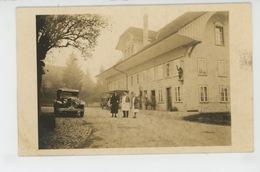 SUISSE - BERN - BERNE - Belle Carte Photo Montrant Une Auberge Avec Hôtelier Automobiles & Pompe à Essence En 1933 - BE Berne