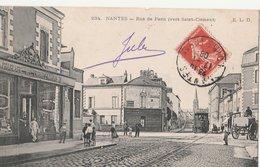 NANTES (44). Rue De Paris (vers Saint-Clément), Animée. Pharmacie Des Enfants-Nantais. Tramway - Nantes