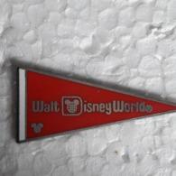 PINS DISNEY  A VOIR - Disney