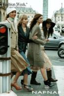 CPM - MODE - PUBLICITE NAF NAF (Femmes Qui Posent) - Lot De 5 Cartes - Edition Pub - Moda