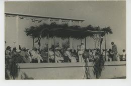 AFRIQUE - MADAGASCAR - DIEGO SUAREZ - Cliché Montrant Le Président ALBERT SARRAUT Lors De Sa Visite à La Foire De 1951 - Madagascar