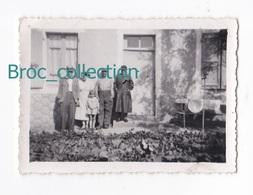 Voussac, Bézenet, Photo De Marius Duranthon Et Sa Mère, Née Lucienne Rachel Lucas, Léon Et Celestine Régerat - Persone Identificate