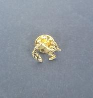 Pin Cerbiatto Dorato - P111 - Animales