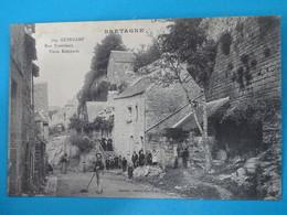 """29 ) Guingamp - N° 504 - Rue Trottrieux """" Vieux Remparts """"  - Année  : EDIT : Mancel - Guingamp"""