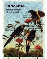 Ref. 329546 * MNH * - TANZANIA. 1990. EXTINCT ANIMALS . ANIMALES DESAPARECIDOS - Tansania (1964-...)