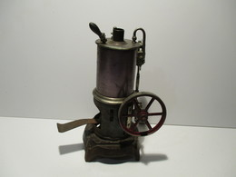 Machine A Vapeur - Jouets Anciens