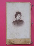 Photographie - Femme - Photo Sur Carton épais 6.4x10.6 - Photographie Poulain Au Havre - Recto-verso - Persone Identificate