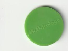 JETON DE CADDIES : Magasin MR BRICOLAGE ( Plastique Vert ) - Trolley Token/Shopping Trolley Chip