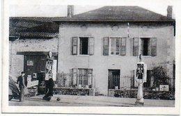 87 - SAINT-JUST Le MARTEL - Maison Moulinard à FONTAGULY - Station Essence - ANIMATION - Francia