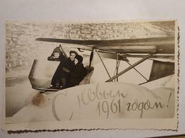 Photo Vintage. Original. Collage De Photos Du Nouvel An. Modèle Photo D'un Avion. L'URSS - Objets
