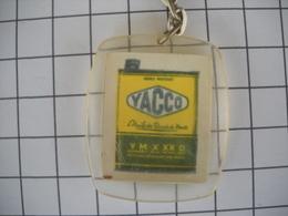 1110 Porte Clefs YACCO Huile Des Records Du Monde Automobile - Schlüsselanhänger