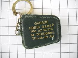 1120   Porte Clefs BP  Cuir  Garage Louis BARRE 166 Avenue De Muret 31 Toulouse - Schlüsselanhänger
