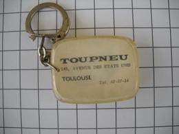 1123   Porte Clefs   TOUPNEU 145 Avenue Etats Unis Toulouse 31 Pneu Automobile - Schlüsselanhänger