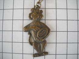 1124   Porte Clefs  ESSO Tigre  1966 Station Automobile - Schlüsselanhänger