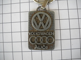 1074 Porte Clefs   VW Volkswagen AUDI SABM 240 Route De Grenade 31 BLAGNAC    Automobiles - Schlüsselanhänger