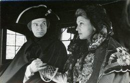 PHOTO DE PRESSE   Les Comédiens   LARISSA KADOTCHNIKOVA  Et VITALI SRDLETSKY  Dans La Poule Noire - Persone Identificate