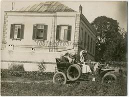 Femmes Avec De Grands Chapeau Dans Une Voiture Cabriolet, Les Pneus Sur Le Coté. Tirage Original D'époque C1910  FG1466 - Cars