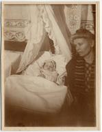 Emouvant Portrait Post-Mortem D'un Enfant Avec Sa Mère à Ses Cotés. Tirage Original D'époque. C 1900    FG1475 - Personnes Identifiées