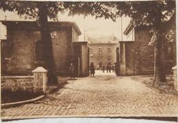 CPA ARLON Entrée Caserne Léopold Envoyée Par Un Chasseur Ardennais Ex 10ème Régiment De Ligne 1934 Armée Belge - Arlon