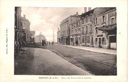 FR54 PIENNES - Route De Baroncourt - Animée -belle - Sonstige Gemeinden