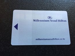 Hotelkarte Room Key Keycard Clef De Hotel Tarjeta Hotel  MILLENIUM SEOUL HILTON  SEVEN LUCK CASINO - Télécartes