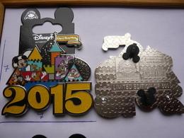 Big Pin S DISNEY JUMBO 2015 7x7 Cm Double Moule LE500 Neuf - Disney