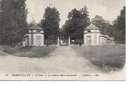 78 - RAMBOUILLET - Le Parc - La Laiterie Marie Antoinette - L'Entrée - Rambouillet (Château)