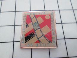 516c Pin's Pins / Beau Et Rare / THEME : CINEMA / LILLE 92 FESTIVALD ES HOSPITALIERS AVEC LE CGOS - Cinéma