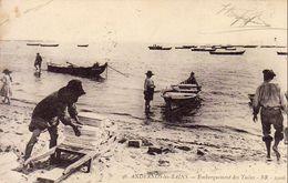 D33  ANDERNOS LES BAINS  Embarquement Des Tuiles ( Cachet Assistance Aux Convalescents Militaires Au Verso ) - Andernos-les-Bains