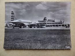 AEROPORT / AIRPORT / FLUGHAFEN  LYON BRON  DC 4  AIR ALGERIE  F-BELD - Aérodromes