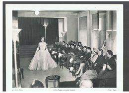 Chez Paquin, Un Grand Couturier D.P. Paris N°22 De Juillet 1952 Photo N°1 - Reproductions