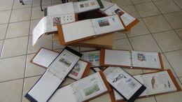 C900 Carton 28 Kgs De France Contenant 11 Classeurs De Documents Philatéliques Années 70/80. ...Voir Comment !!! - Timbres