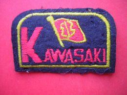 ECUSSON BRODE ET FEUTRINE  KAWASAKI   MOTO - Ecussons Tissu