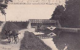 Chatillon Sur Loire Les Bords Du Canal Passage D'un Bateau - Chatillon Sur Loire