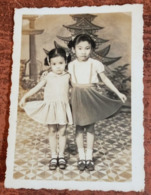 MONTAGE PHOTO SNAPSHOT VIETNAM INDOCHINE  ETHNIC GIRL BABY BABE CHILD SAIGON SURREALISME PHOTOMONTAGE SURRELISM - Fotos